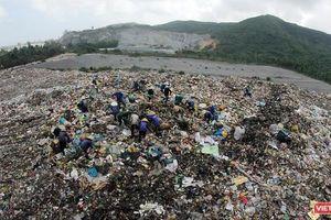 Đà Nẵng vẫn 'nóng' chuyện rác thải và ô nhiễm bãi biển