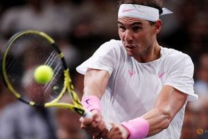 Nadal thẳng tiến vào tứ kết Paris Masters