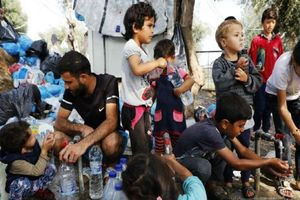 Hãi hùng trại tị nạn 'bên bờ vực thảm họa' của di dân ở Hy Lạp