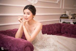 Cao Thái Hà bị viêm dạ dày vì giảm cân cấp tốc