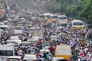 Hạn chế phương tiện giao thông cá nhân: Cấp bách và phức tạp