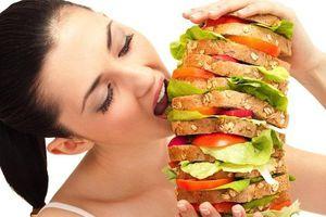Đừng xem thường thói quen ăn quá no nếu bạn không muốn rước bệnh vào người