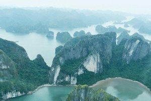 Mãn nhãn ngắm vịnh Hạ Long từ thủy phi cơ Việt Nam