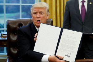 Ông Trump vẫn còn một vũ khí bí mật trong thương chiến với Trung Quốc, đó là?