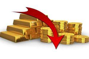 Giá vàng lao dốc mạnh trước sức ép của đồng USD (ngày 05/11)