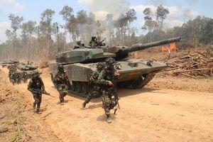 Lục quân Indonesia tập trận hoành tráng, khoe dàn vũ khí cực mạnh