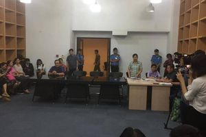 Vụ bé trai nghi bị bạo hành ở TP.HCM: Người mẹ kiện chủ tịch phường ra tòa