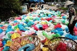 Giảm thiểu rác thải nhựa – Hành động của chính quyền, doanh nghiệp và người dân