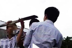 Quảng Nam: Cầm cây đánh chết hàng xóm vì mẹ ruột từng bị đánh