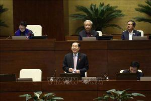 Các Bộ trưởng trả lời chất vấn không né tránh, thẳng thắn nhận trách nhiệm