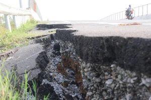 Lại nứt đường cao tốc Đà Nẵng - Quảng Ngãi, VEC nói gì?