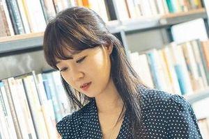 Dong Baek trong 'Khi hoa trà nở' và thông điệp tích cực về tình yêu thứ hai của các bà mẹ đơn thân