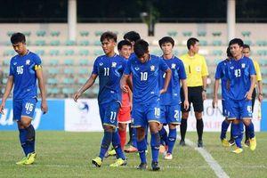 Cầu thủ hay nhất bận sang Việt Nam nhận giải, U19 Thái Lan thua sốc Campuchia