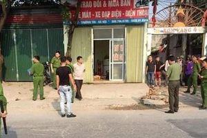 Bắt 2 đối tượng đâm chết bạn chủ tiệm cầm đồ ở Hà Nội
