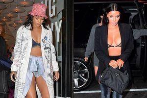 Rihanna và dàn sao Hollywood chuộng mốt mặc áo khoác hở nội y
