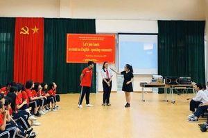 Quận Thanh Xuân: Đưa sinh viên ngoại ngữ về hỗ trợ dạy học sinh cấp 2