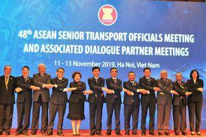 200 đại biểu dự Hội nghị quan chức cấp cao Giao thông vận tải ASEAN 48
