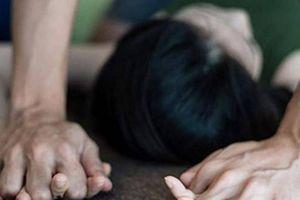 Thanh niên rủ 'bạn gái nhí' đi chơi rồi dùng vũ lực hiếp dâm
