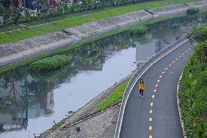 Trí thức Hà Nội bàn thảo cách làm sạch hồ Tây, sông Tô Lịch tốt nhất