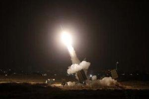 Điểm yếu của Iron Dome khiến Israel trả giá