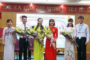 Những bông hoa nghề giáo ngát hương