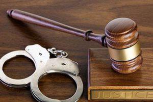 Khởi tố, bắt tạm giam 3 cán bộ Trường Trung cấp Lục Yên