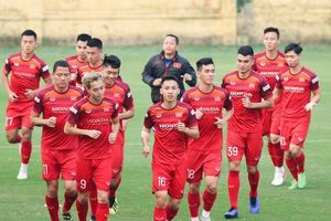 Nhận định Việt Nam vs UAE: Thắng tưng bừng, lấy ngôi đầu vòng loại World Cup