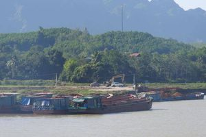 Vụ bến thủy trái phép trên sông Bôi: Sẽ Thanh tra, xử lý nghiêm