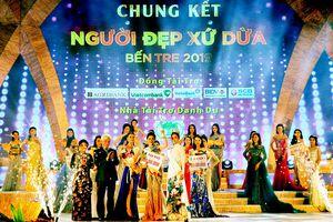 Thí sinh Bùi Kim Quyên đăng quang Người đẹp xứ Dừa
