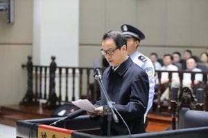 Bi hài chuyện các quan tham Trung Quốc tiến thân và 'chết' vì gái (Kỳ 1)