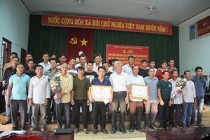 Khen thưởng tàu cá cứu 41 ngư dân Quảng Nam gặp nạn ở Trường Sa