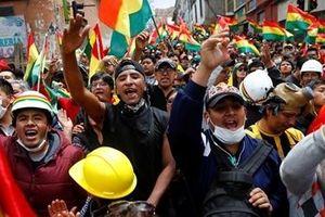 Số người chết trong biểu tình ở Bolivia không ngừng tăng
