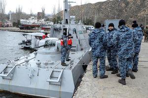 Ukraine tố Nga trả lại tàu chiến trong tình trạng hư hỏng