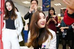 Địch Lệ Nhiệt Ba xinh đẹp xuất hiện tại sự kiện 'Ngày từ thiện' cùng Cao Vỹ Quang