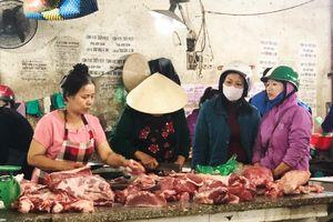 Để đảm bảo ổn định giá và nguồn thịt lợn trên thị trường