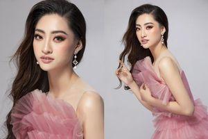 Hoa hậu Lương Thùy Linh chào sân Miss World bằng sắc hồng ấn tượng