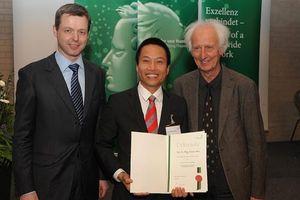 Điểm nhấn giáo dục: Hai người Việt lọt top được trích dẫn hàng đầu thế giới