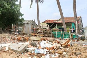 Làng biển Mỹ Quang Nam mong ước một bờ kè chắn sóng