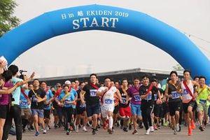 Hàng trăm 'Runner' tham dự giải chạy Ekiden 'Nhật Bản trong lòng Việt Nam 2019'