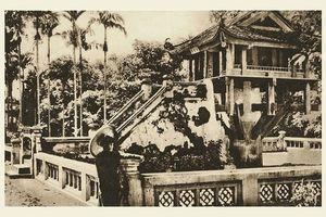 Ảnh lịch sử để đời về chùa Một Cột của Hà Nội