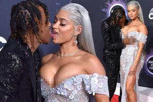 Cặp đôi hành động gợi dục phản cảm ở American Music Awards 2019