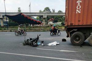 TP. Hồ Chí Minh: Tai nạn giữa xe máy và xe container khiến 3 người trong một gia đình thương vong