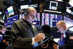 Lạc quan thương mại tiếp tục đưa chứng khoán Mỹ lên kỷ lục mới