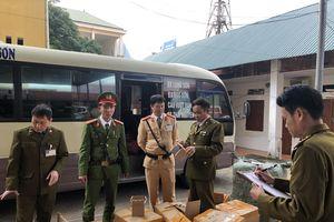 Lạng Sơn: Thu giữ gần 7.000 lọ sơn móng tay nhập lậu