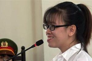 Xử nhân viên địa ốc Alibaba: Bị cáo bật cười