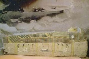 Ba quan tài chứa xác ướp 3500 tuổi được phát hiện ở Ai Cập