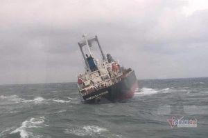 Cử thợ lặn, dùng bơm công suất lớn đưa dầu trong tàu 9000 tấn chìm ở Vũng Áng