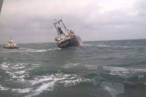 Tàu Thái Lan gặp nạn bắt đầu bị tràn dầu ra biển Hà Tĩnh