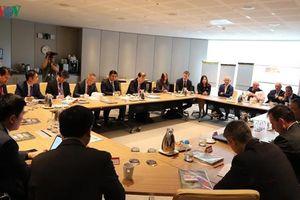 Bộ trưởng KHĐT Nguyễn Chí Dũng gặp mặt các CEO hàng đầu Australia
