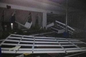 Siêu bão tràn vào Philippines, trận VN - Singapore có bị hoãn?
